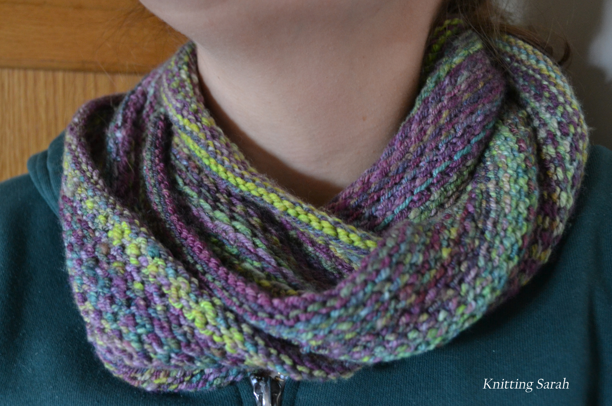 Handspun Honey Cowl knittingsarah