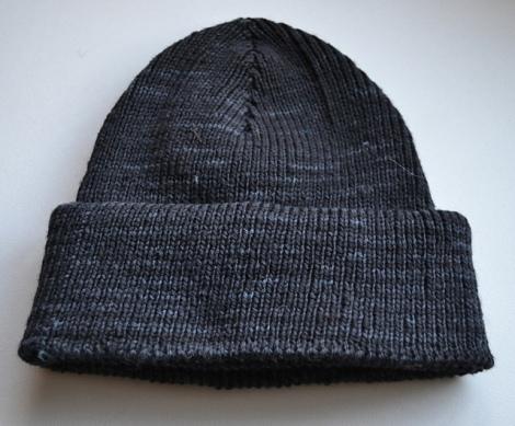 black_pearl_whole_hat_medium2