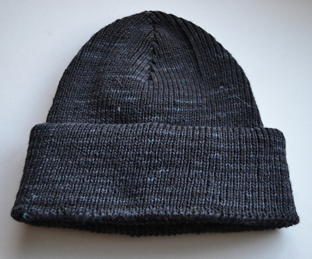 black_pearl_whole_hat_medium2