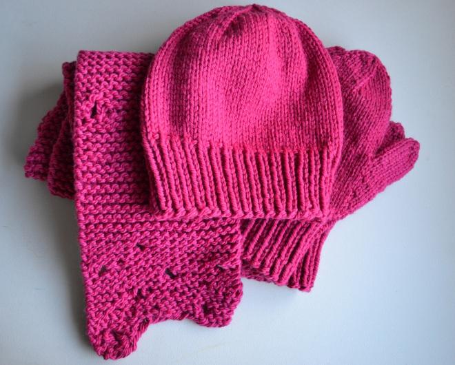 hat scarf & mittens