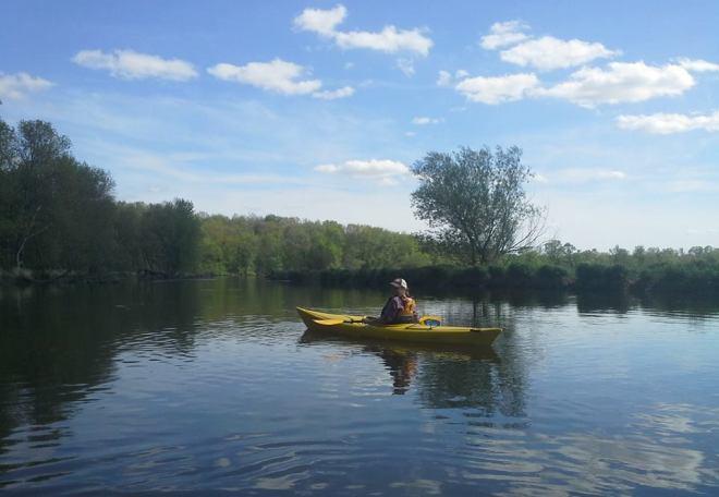 sarah kayak