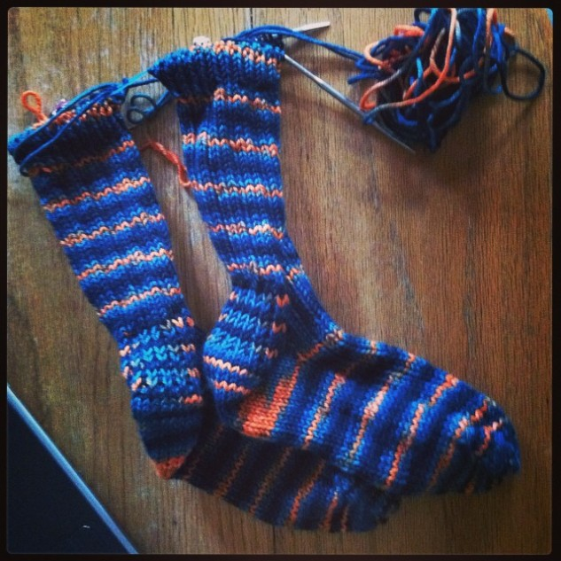 https://knittingsarah.files.wordpress.com/2014/11/77dae-10727538_574355802665656_1162190754_n.jpg
