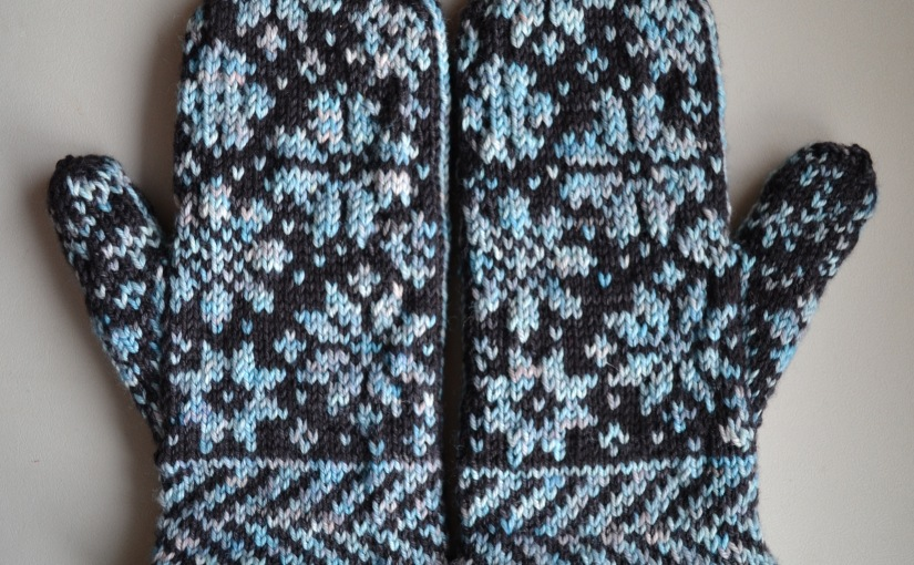 Snowfling Mitts, Version 2